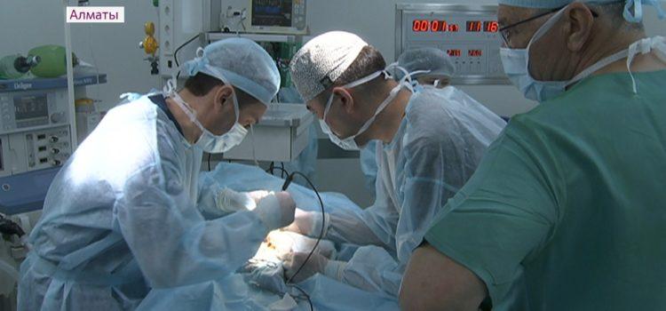 Бесплатные операции детям провели литовские врачи в Алматы –  Операции провели в ДГКБ№ 2